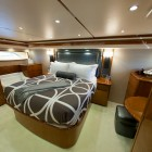 viking-76-owners-stateroom-2